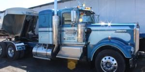 Classic Truck Boring Transport